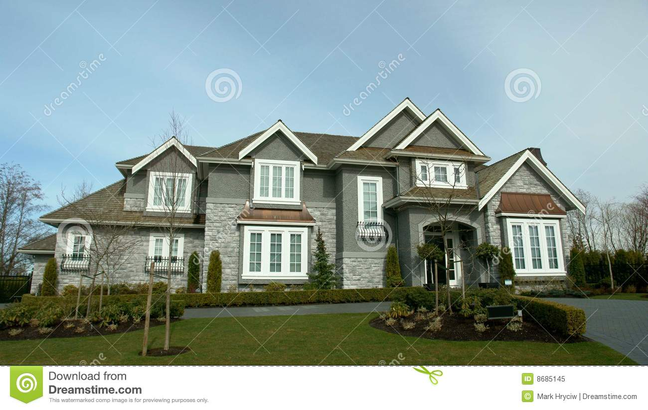 Dream house exterior royalty free stock photo image 8685145 for Dream homes canada