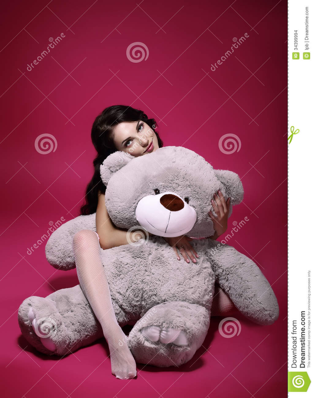 Dreaminess. Sentimental Girl with Soft Toy - Gray Bruin in Embrace