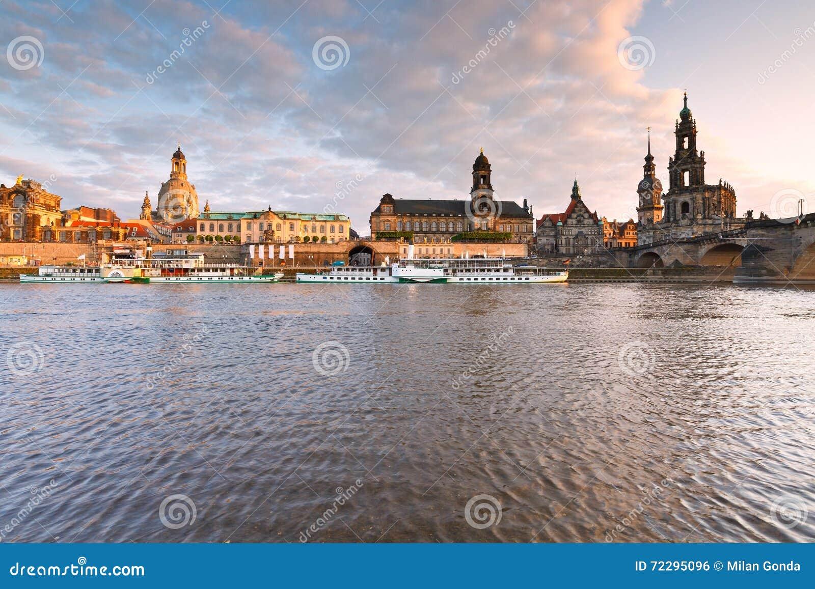 Download Dresden стоковое фото. изображение насчитывающей река - 72295096