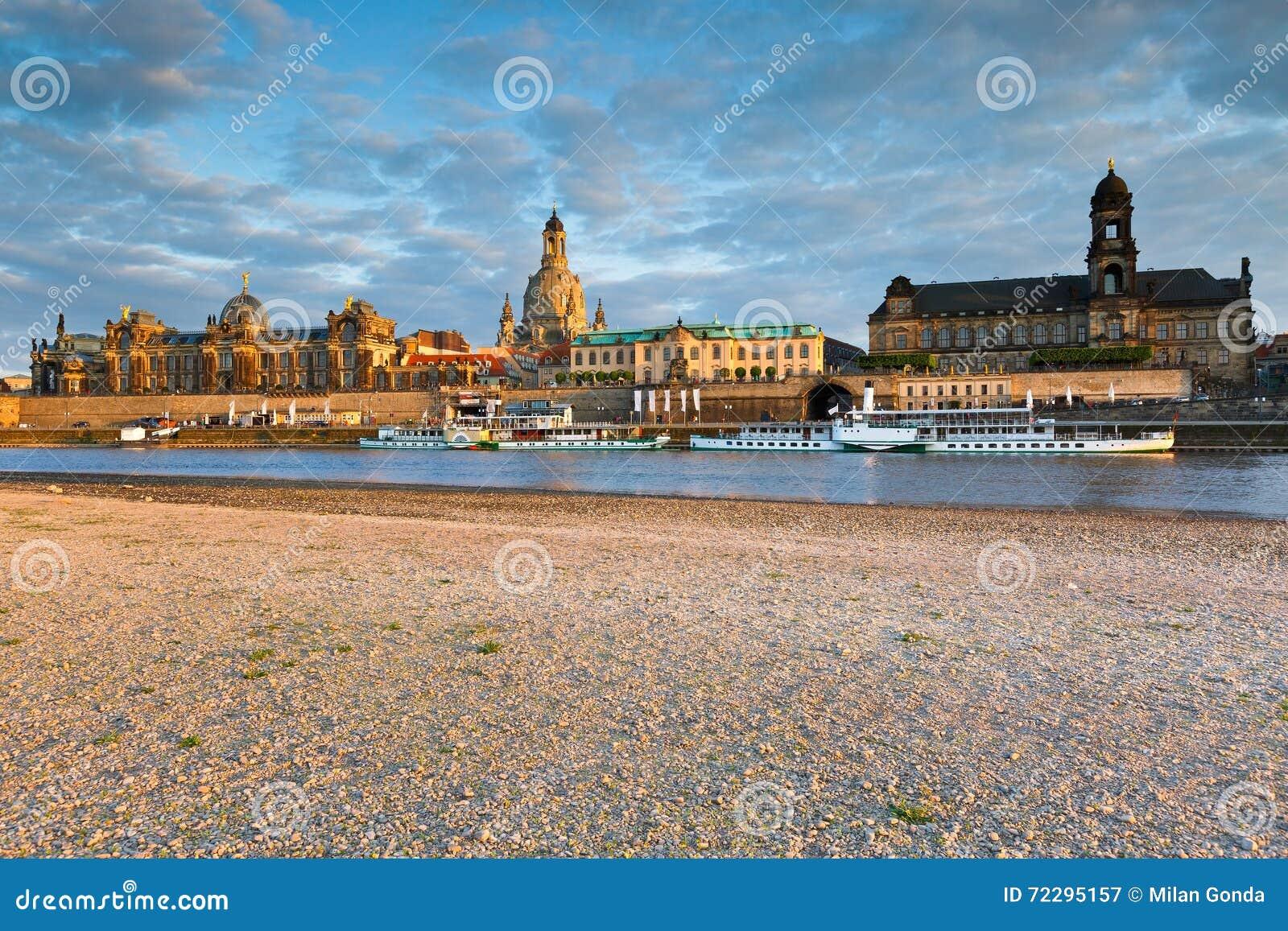 Download Dresden стоковое изображение. изображение насчитывающей elbe - 72295157