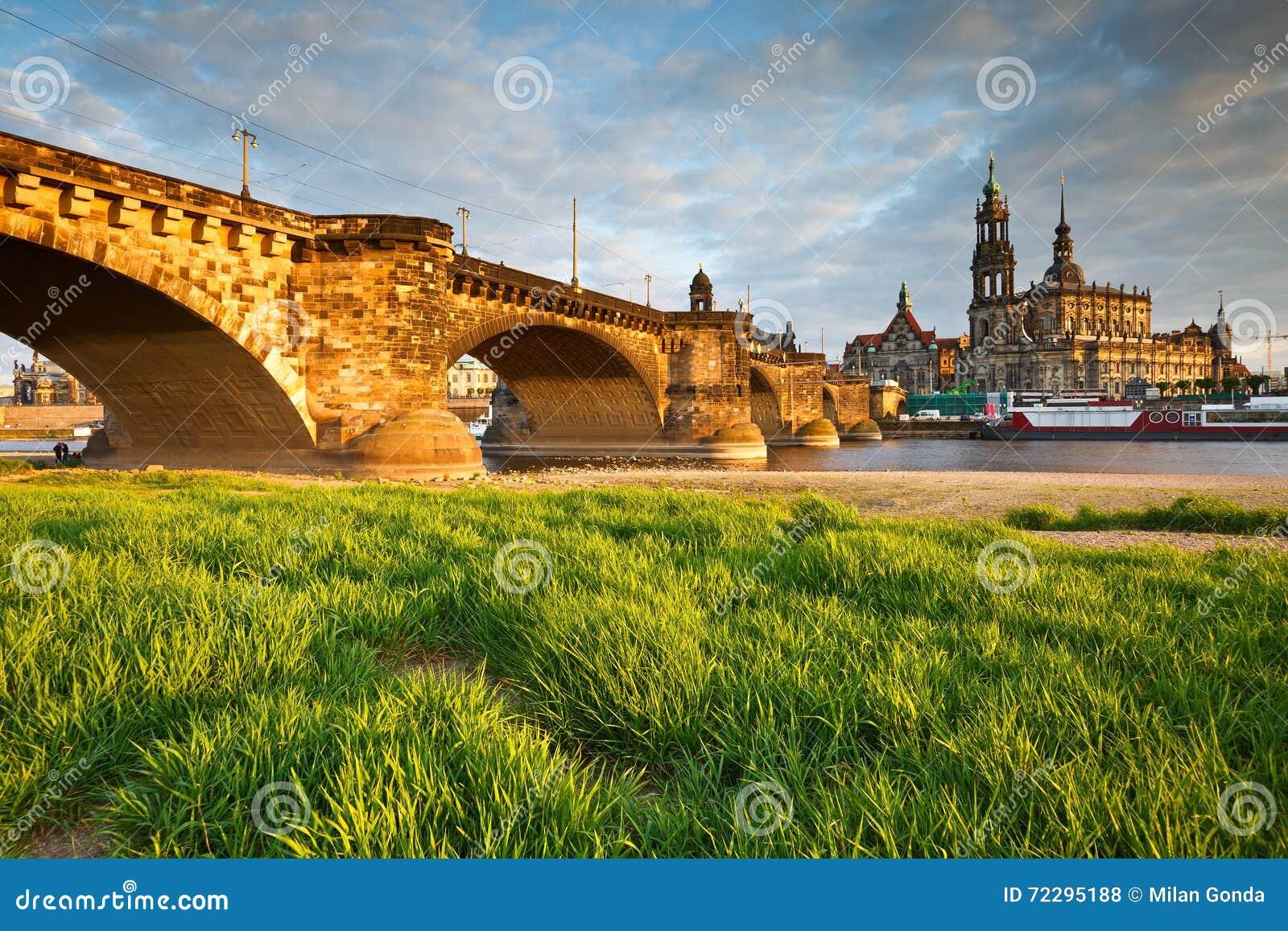 Download Dresden стоковое фото. изображение насчитывающей германия - 72295188
