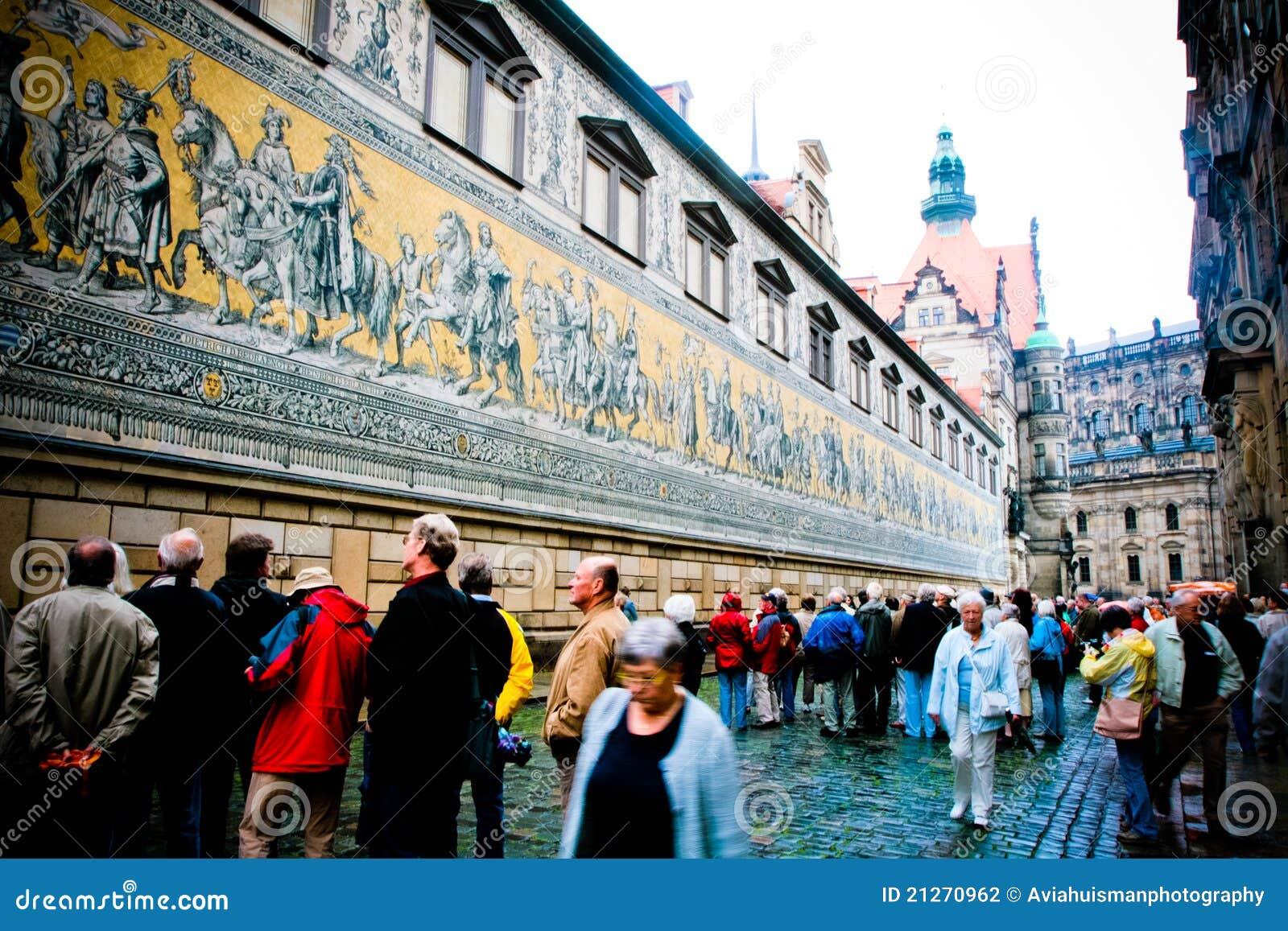 Dresden Alemania: Pared del rstenzug del ¼ de FÃ