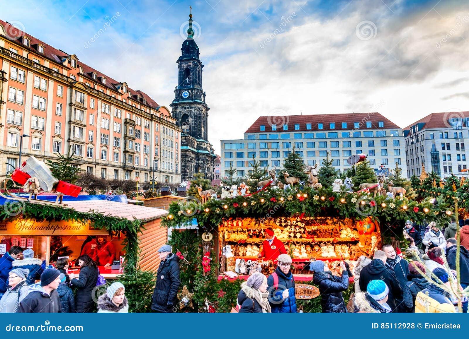 Dresden Weihnachten.Dresden Deutschland Striezelmarkt Auf Weihnachten Redaktionelles