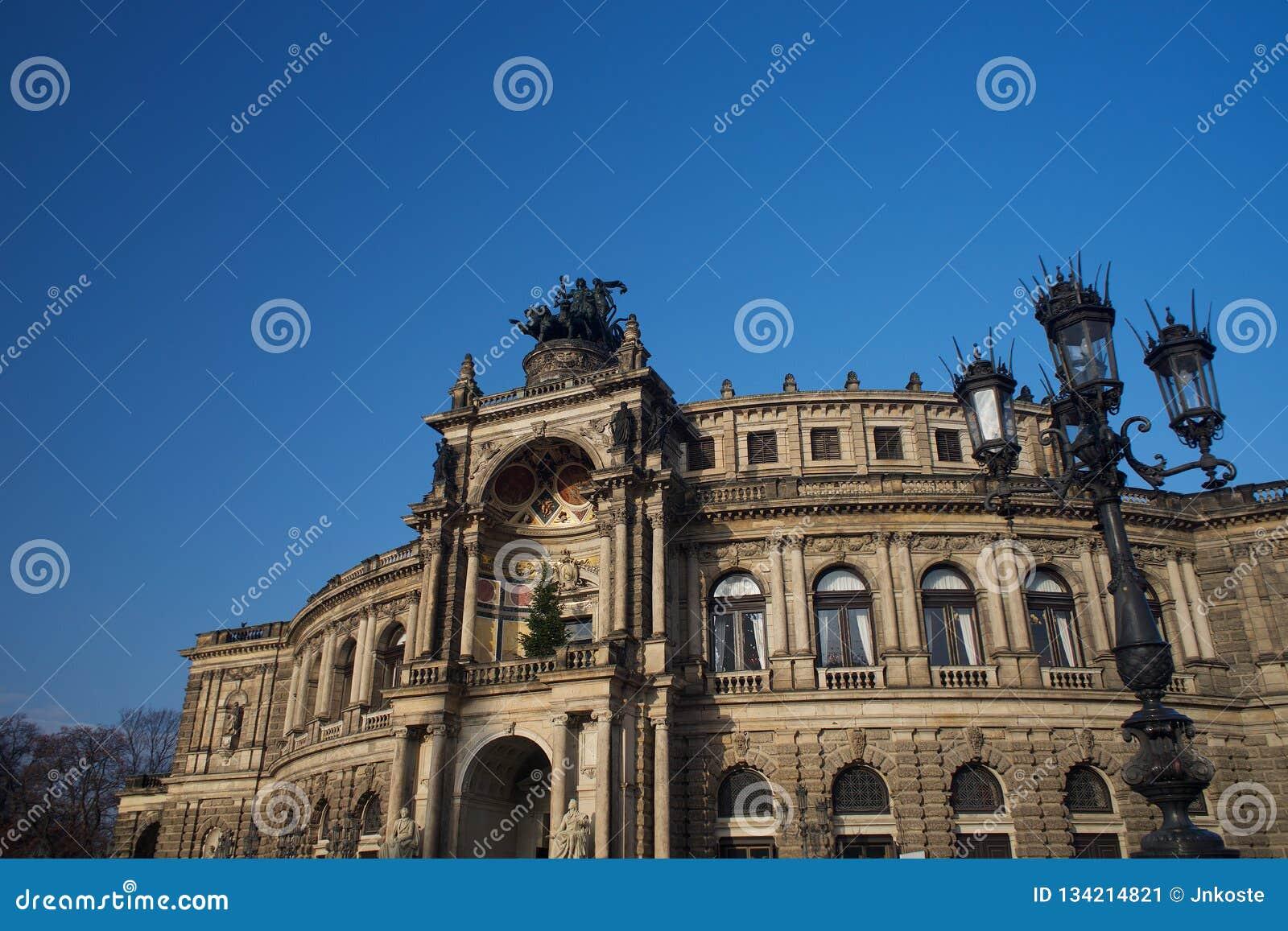 Dresden-Opernhaus Semperoper