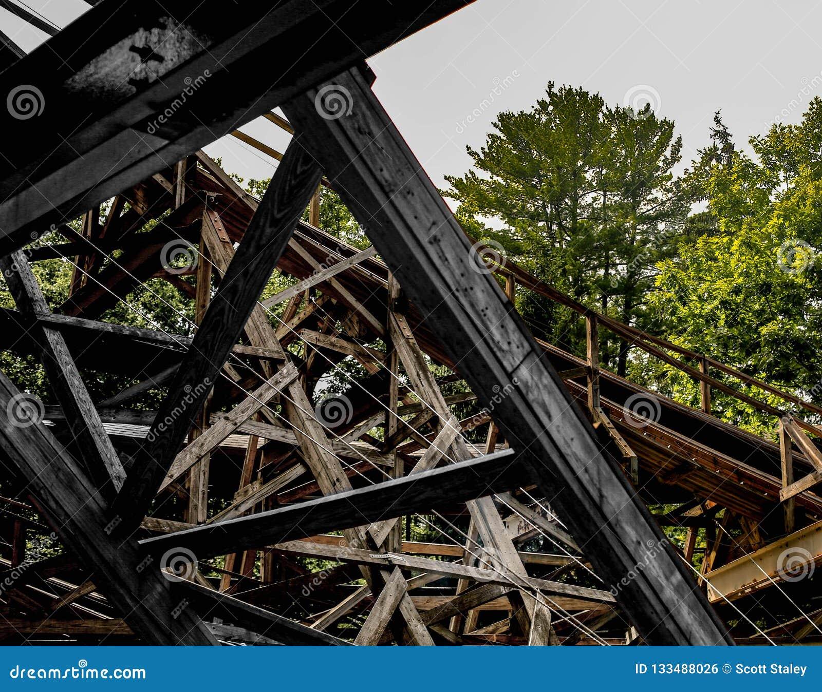 Drewniana kolejki górskiej tarcica