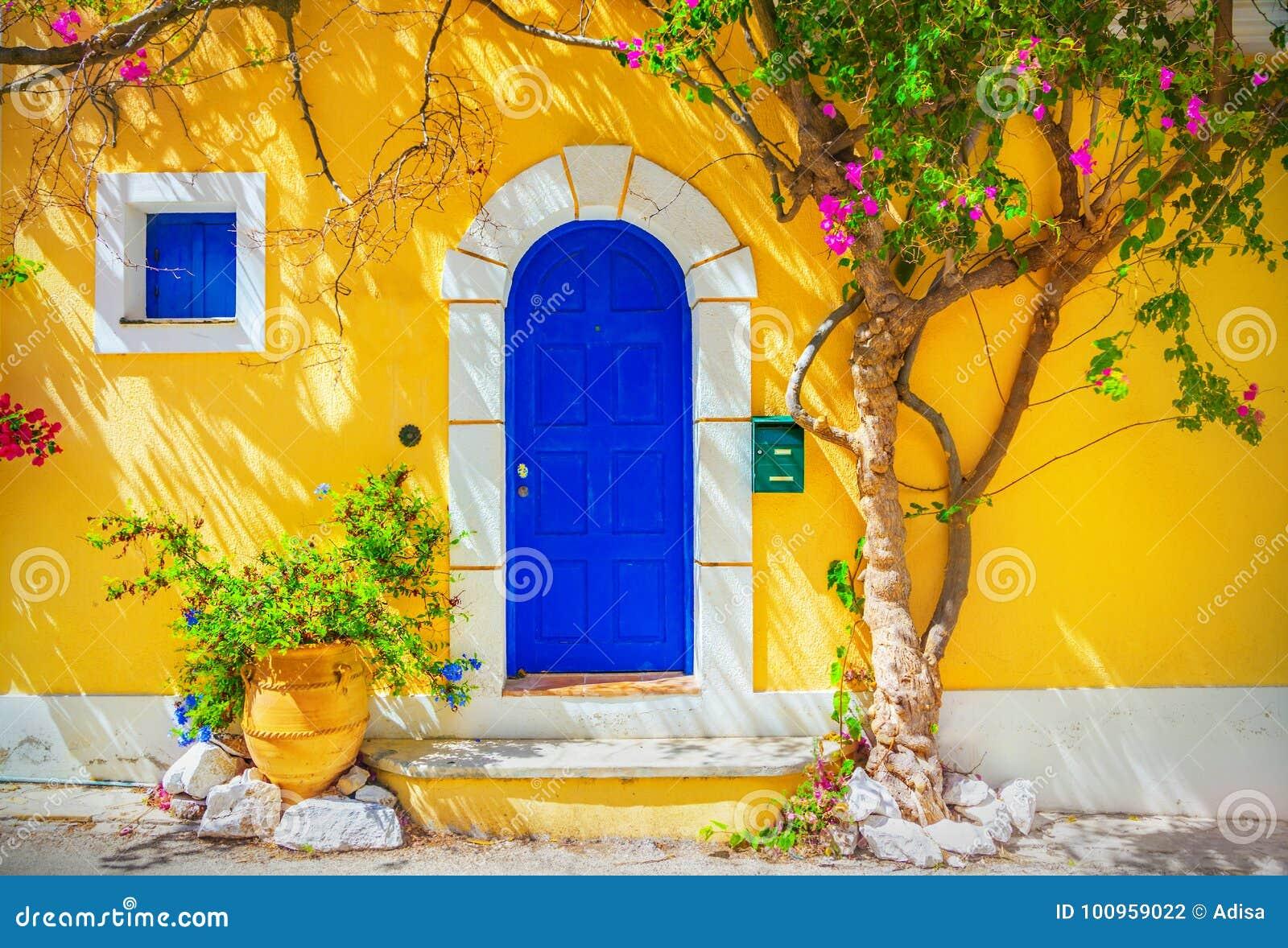 Drewniany drzwi