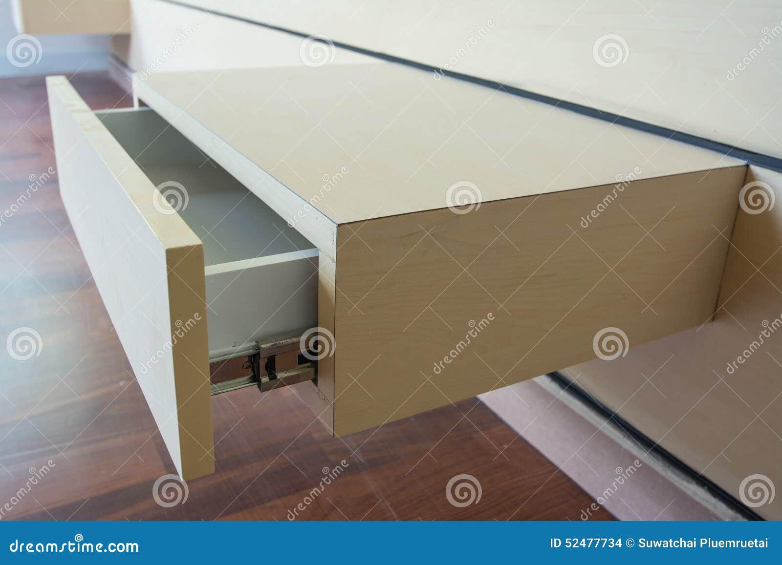 Drewniany kreślarz