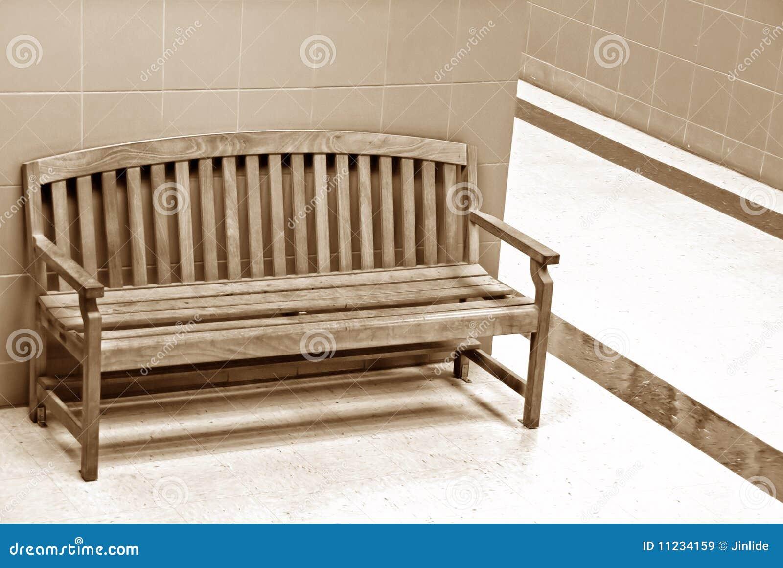 Drewniany krzesło korytarz