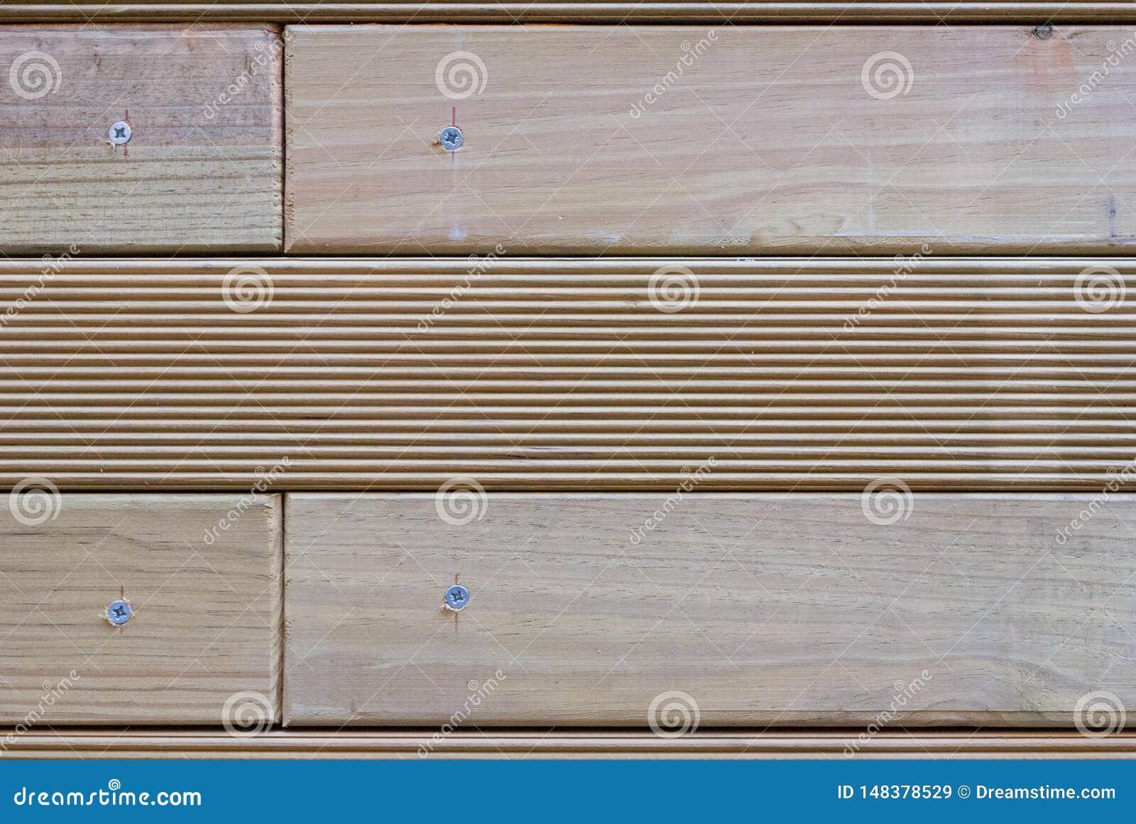 Drewniany umiera ?rubuj?cy