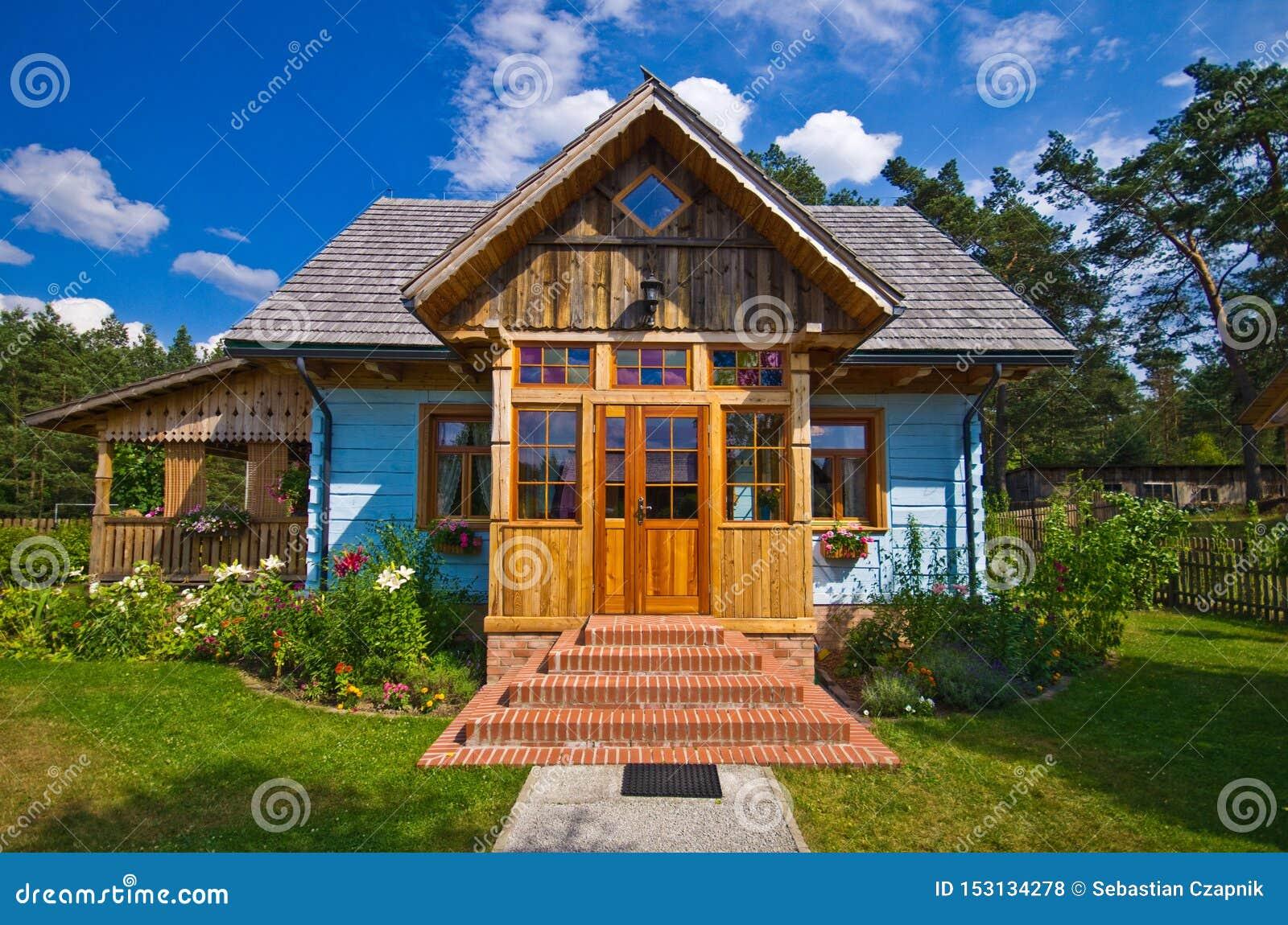 Drewniany wiejski dom w Polska, Roztocze region