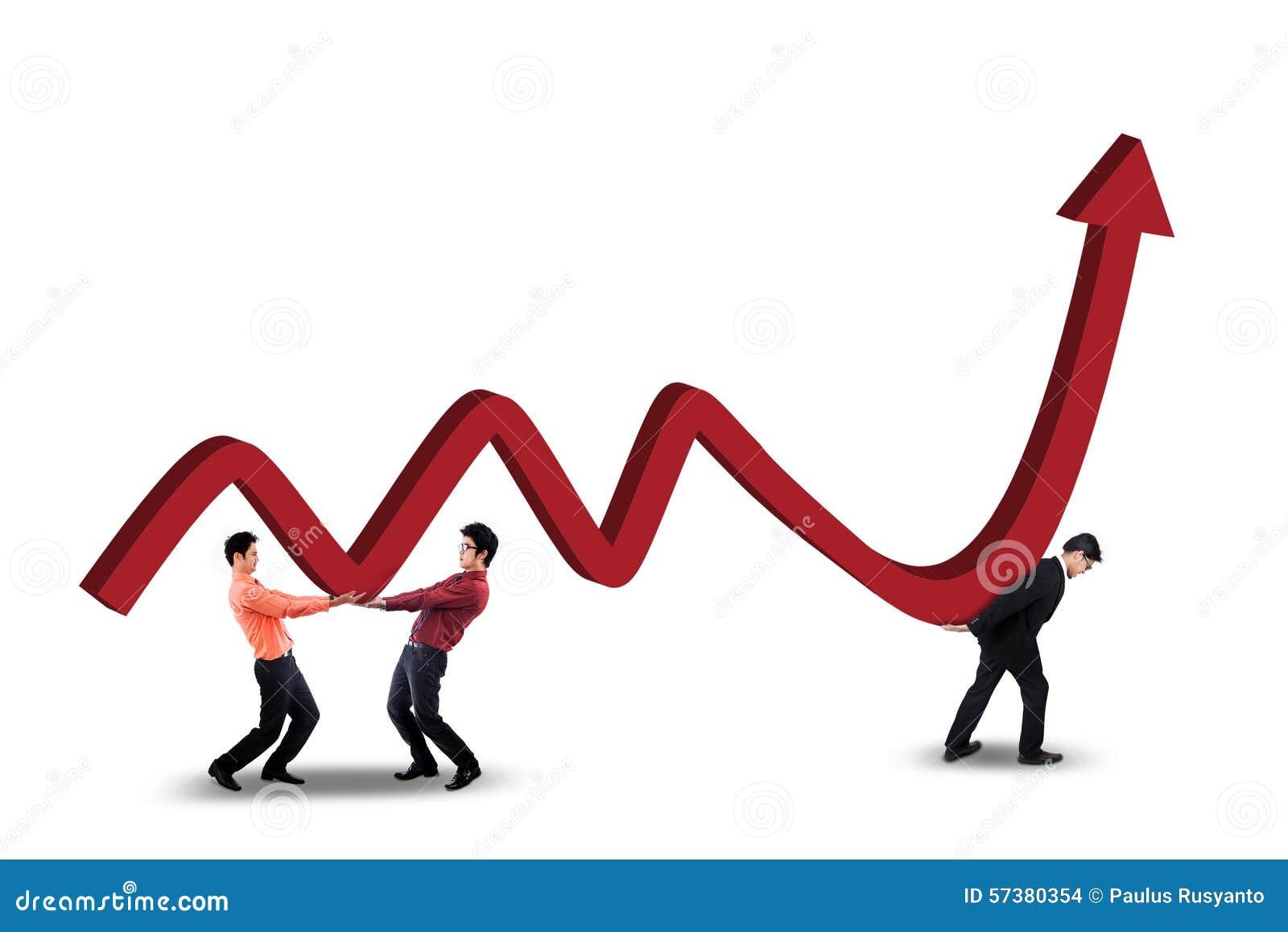 Drie arbeiders die financiële statistieken dragen