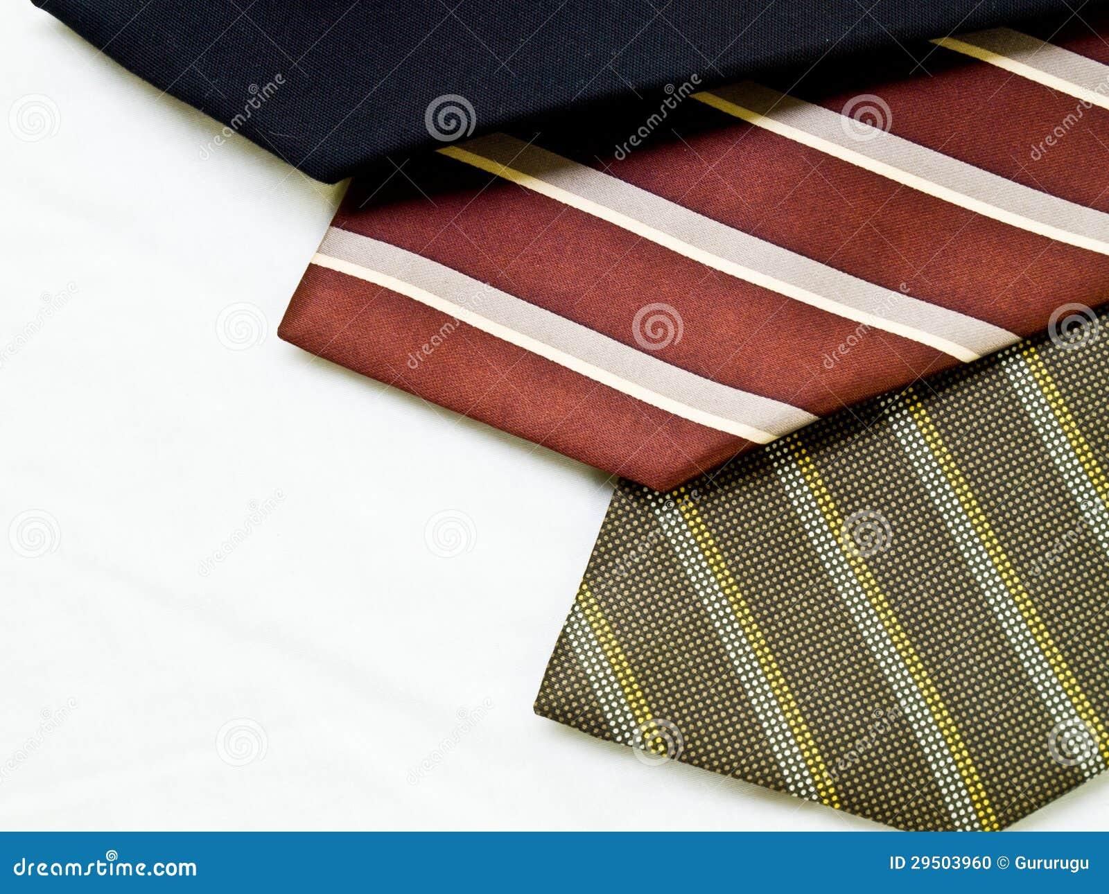 Drie kleurrijke banden op wit