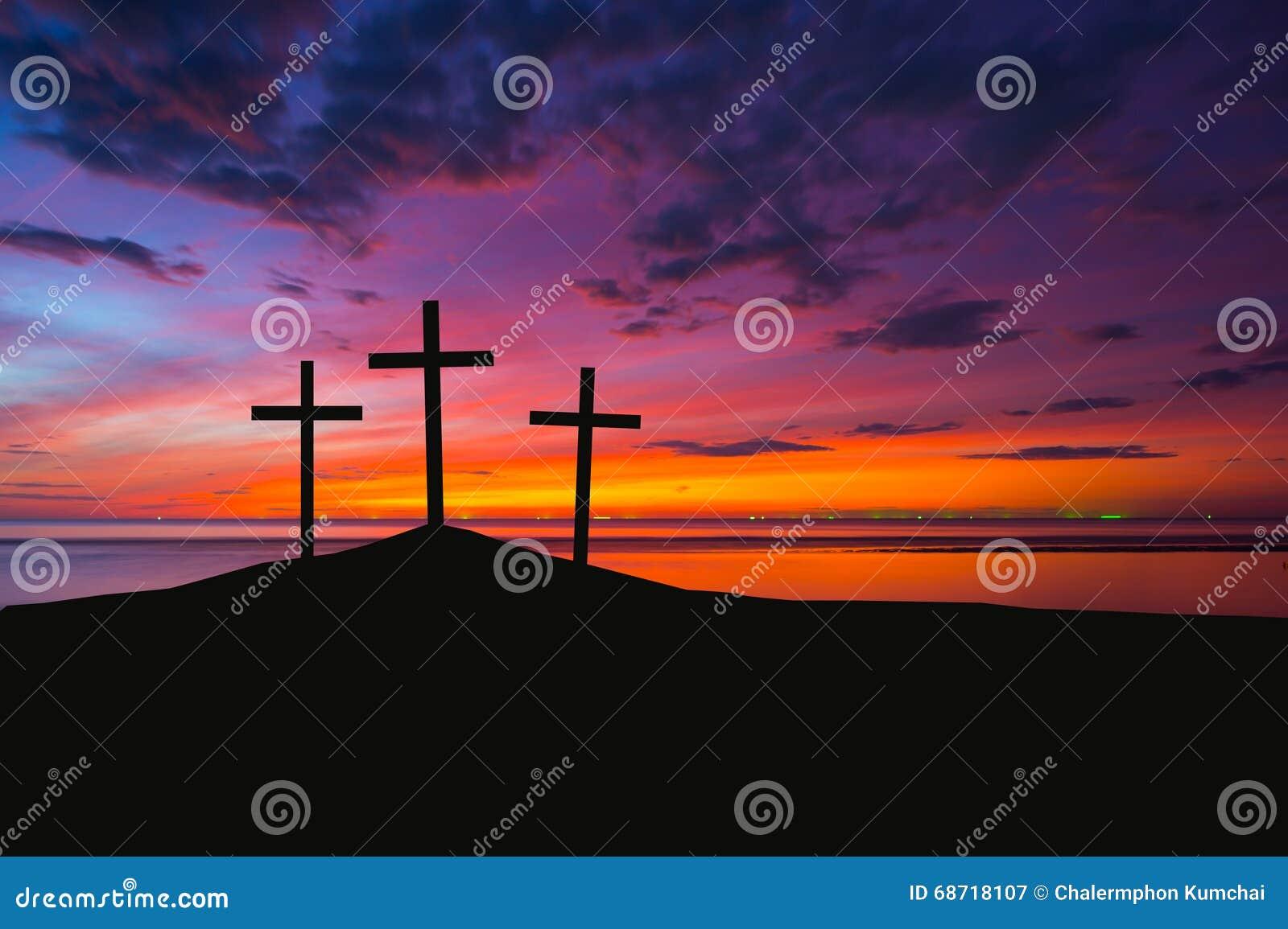 Drie kruisen op een heuvel