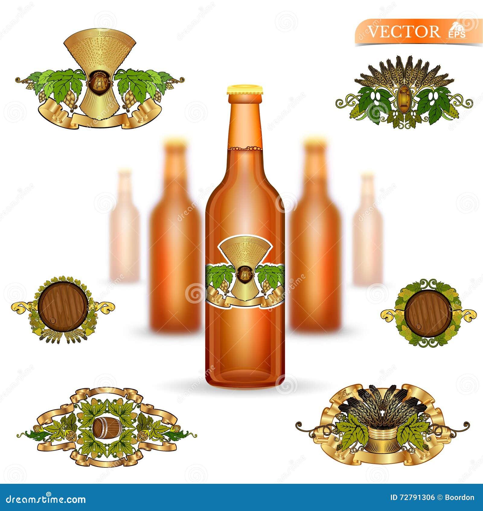 Drie realistische onechte omhoog bruine glasfles bier en reeks luxeetiketten op witte achtergrond