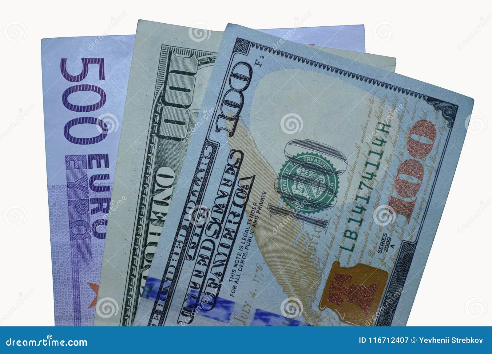 Drie rekeningen: nieuwe 100 oude dollars, en 500 euro