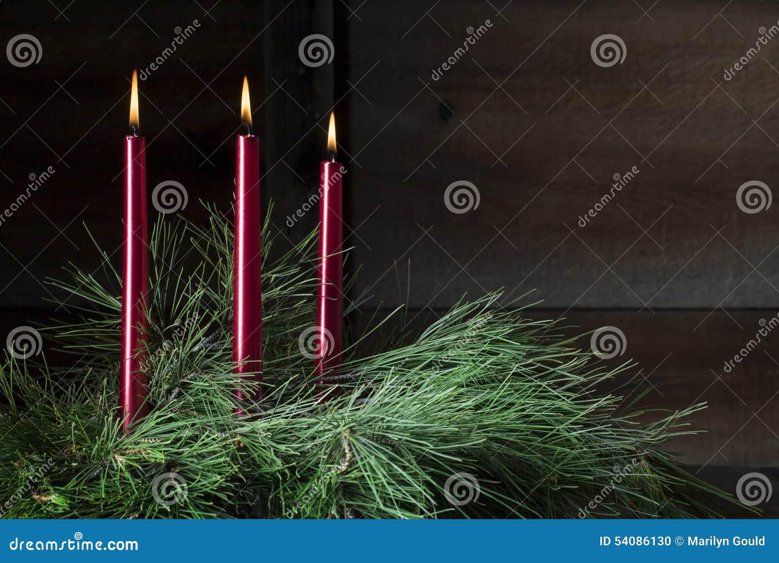 Drie rode kaarsen