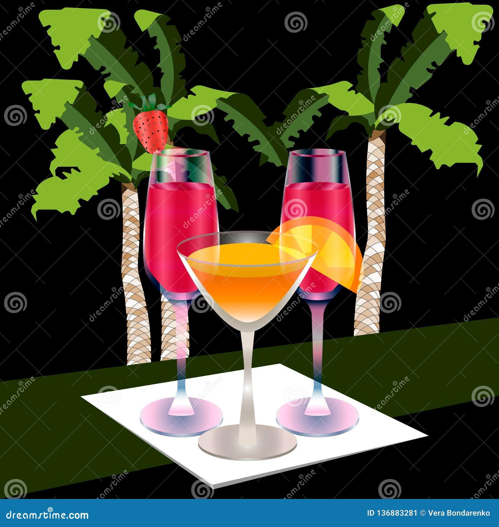 Drie volledige glazen op een servet, palmachtergrond