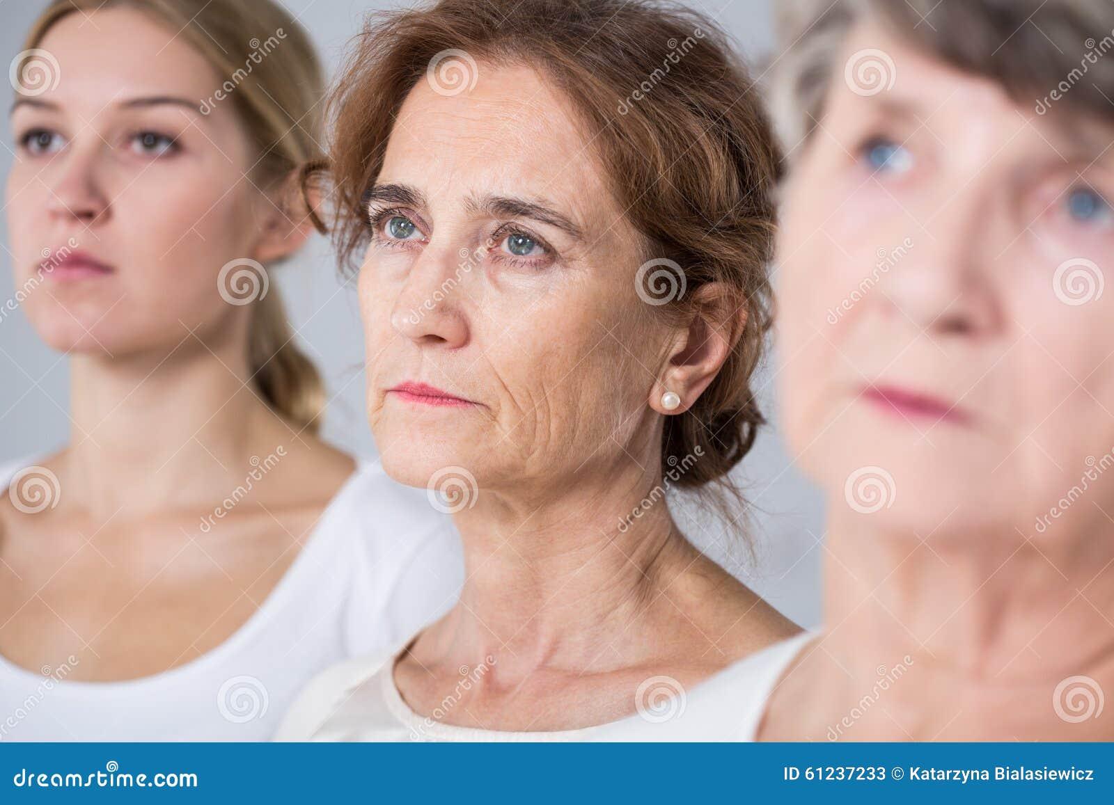 Drie vrouwen in verschillende leeftijd