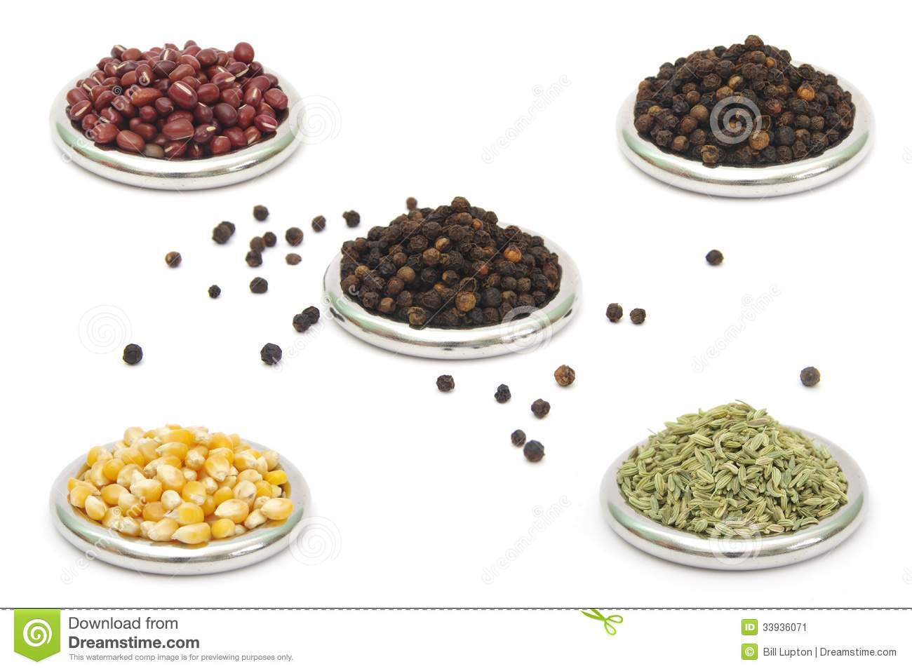 Dried food ingredients piles in rings stock image image for Cuisine 5 ingredients