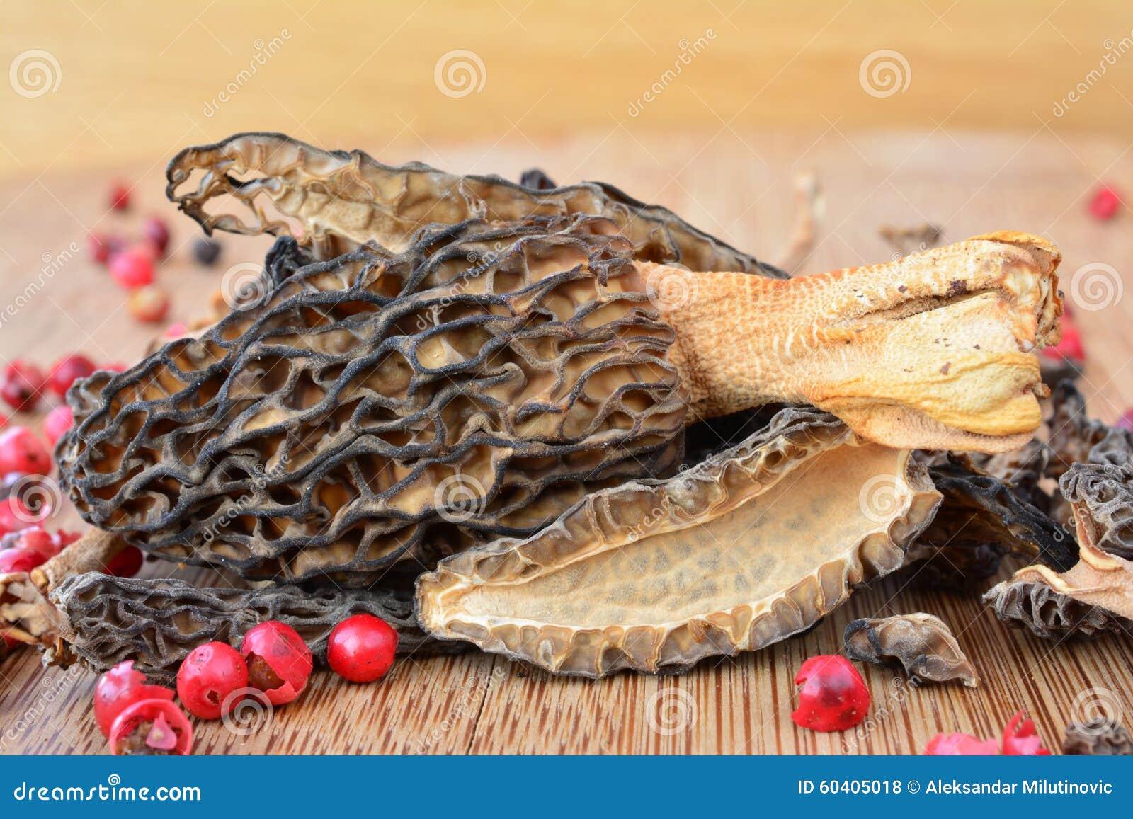Dried Morels close up