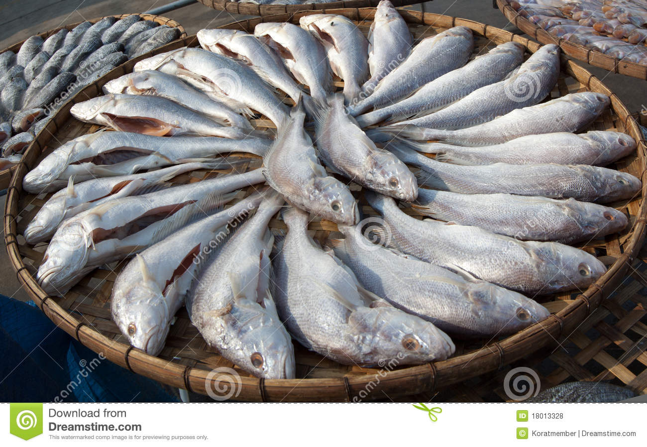 Processed and carved Whisker sheatfish were arranged in flat bamboo ...