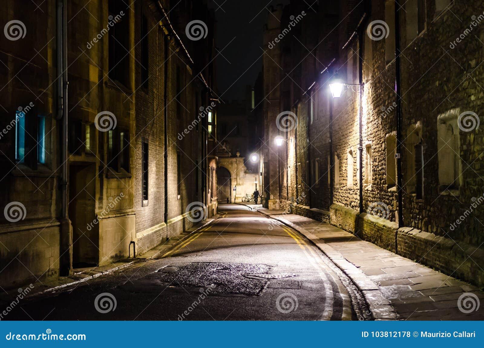 Drievuldigheidssteeg  s nachts, Cambridge, het Verenigd Koninkrijk
