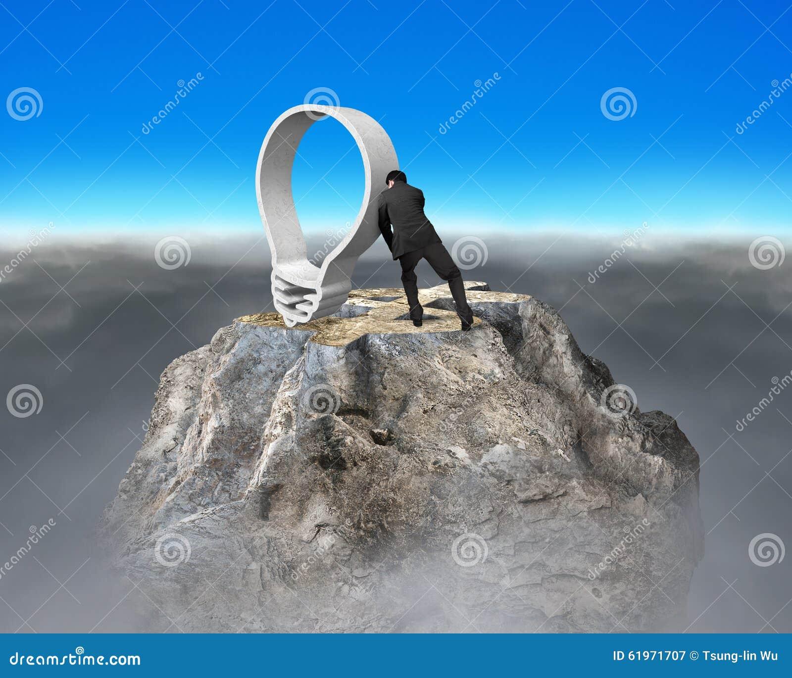 Driftig lightbulb för affärsman på pe för berg för översikt för dollartecken