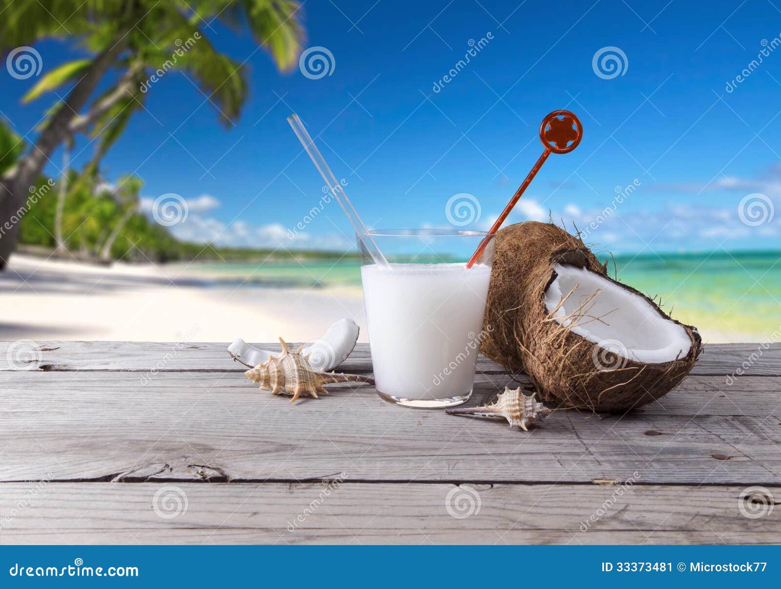 Drink cocktail coconut fruit