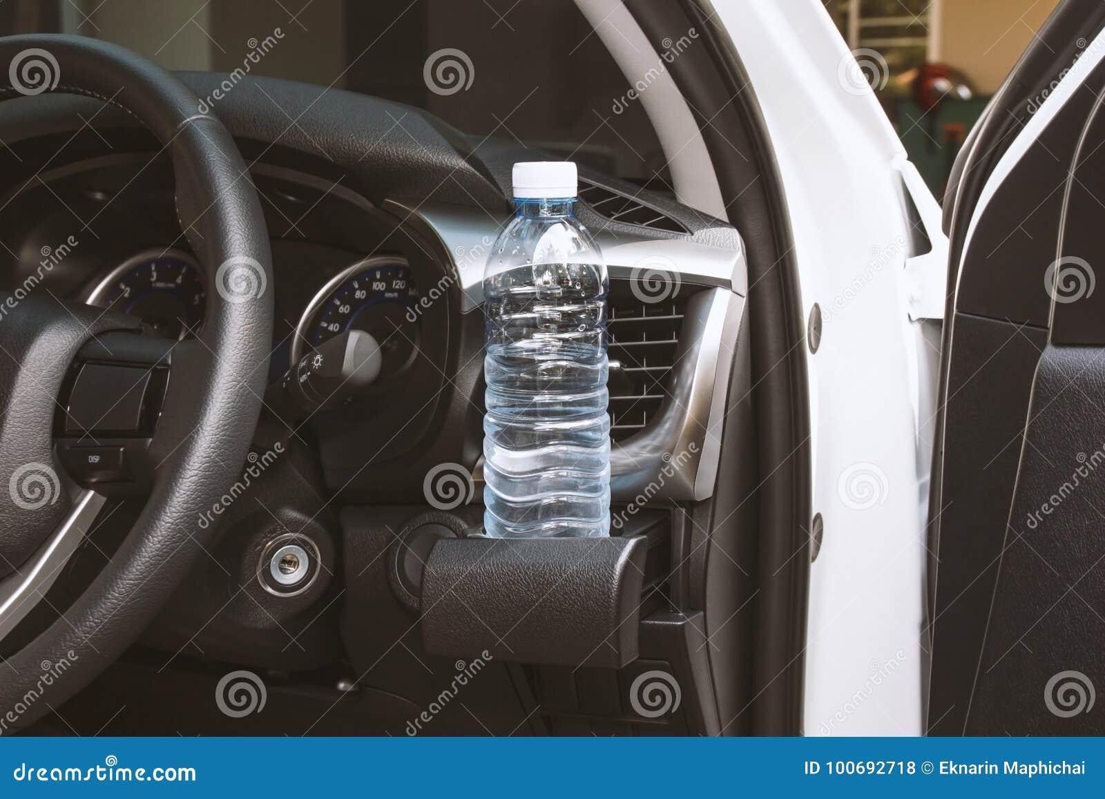 Drinkwaterfles op kophouder
