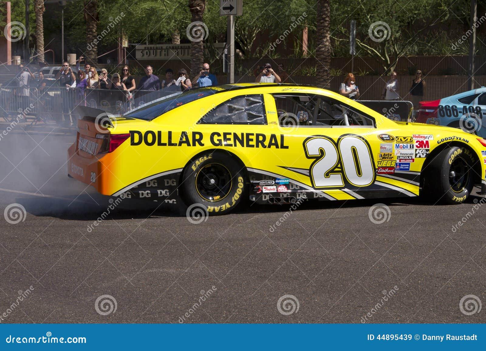 Driver Matt Kenseth di inseguimento della tazza di sprint di NASCAR