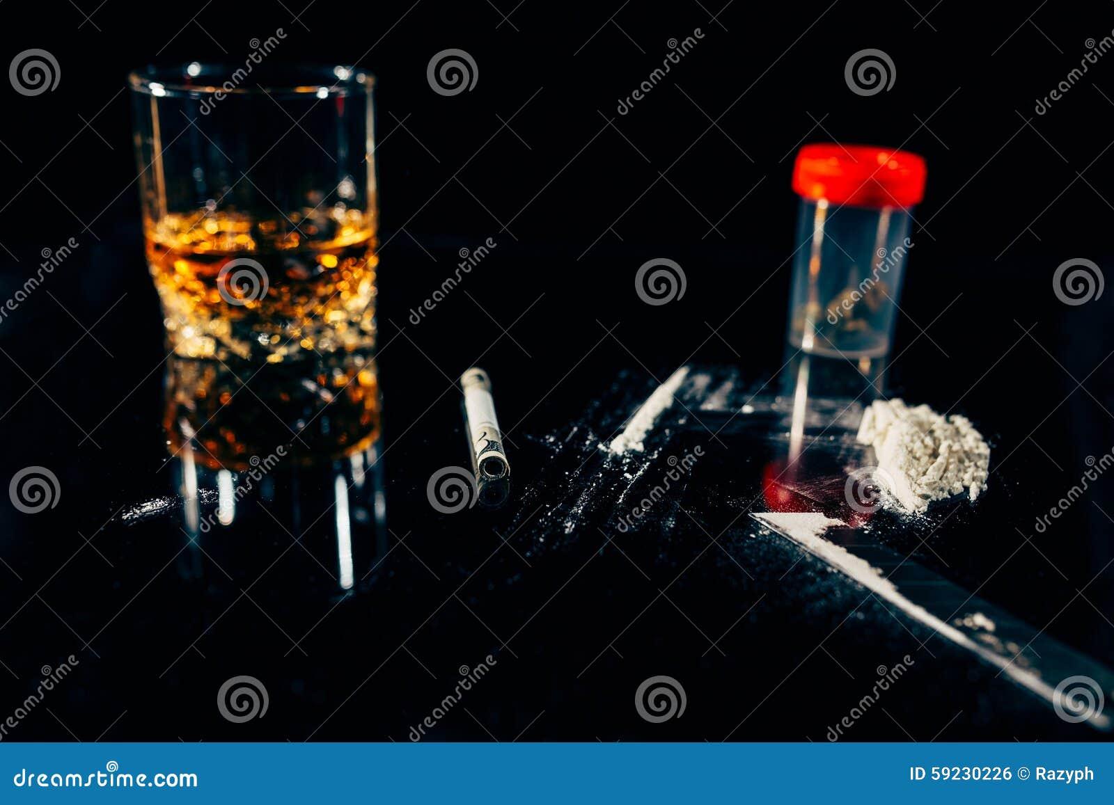 Download Drogas ilegales y vicios foto de archivo. Imagen de destrucción - 59230226