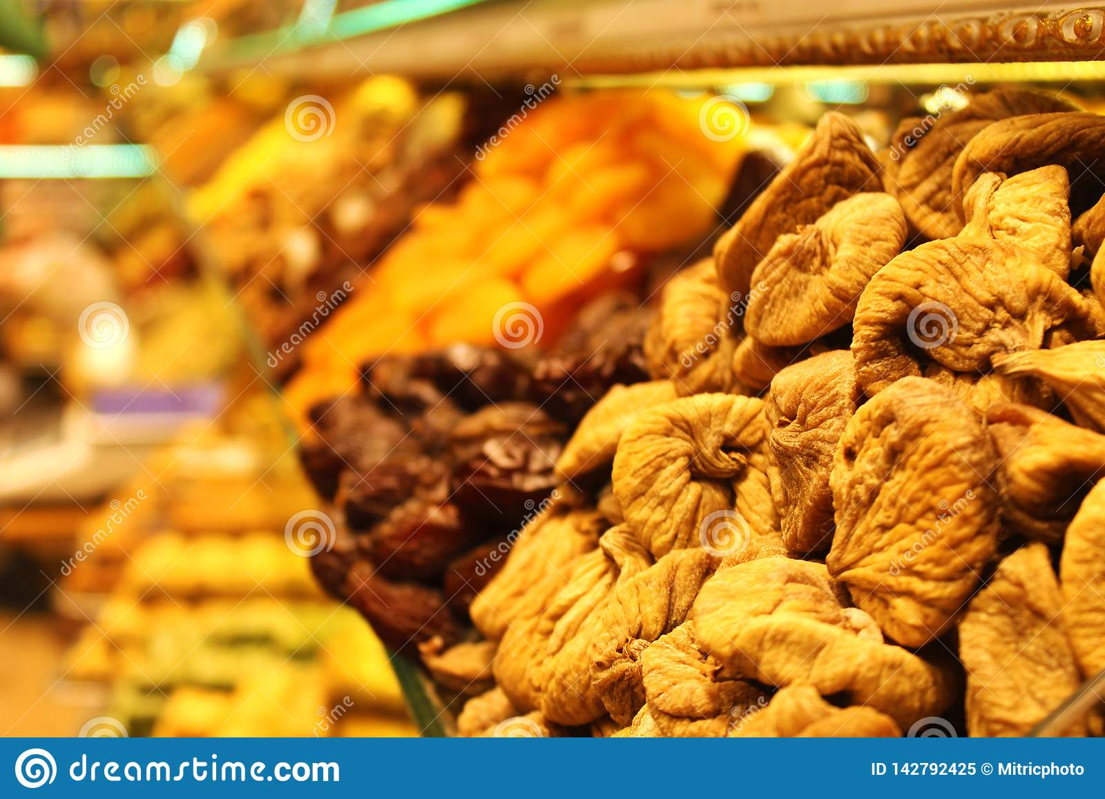 Droge Vruchten op Spise-Bazaar