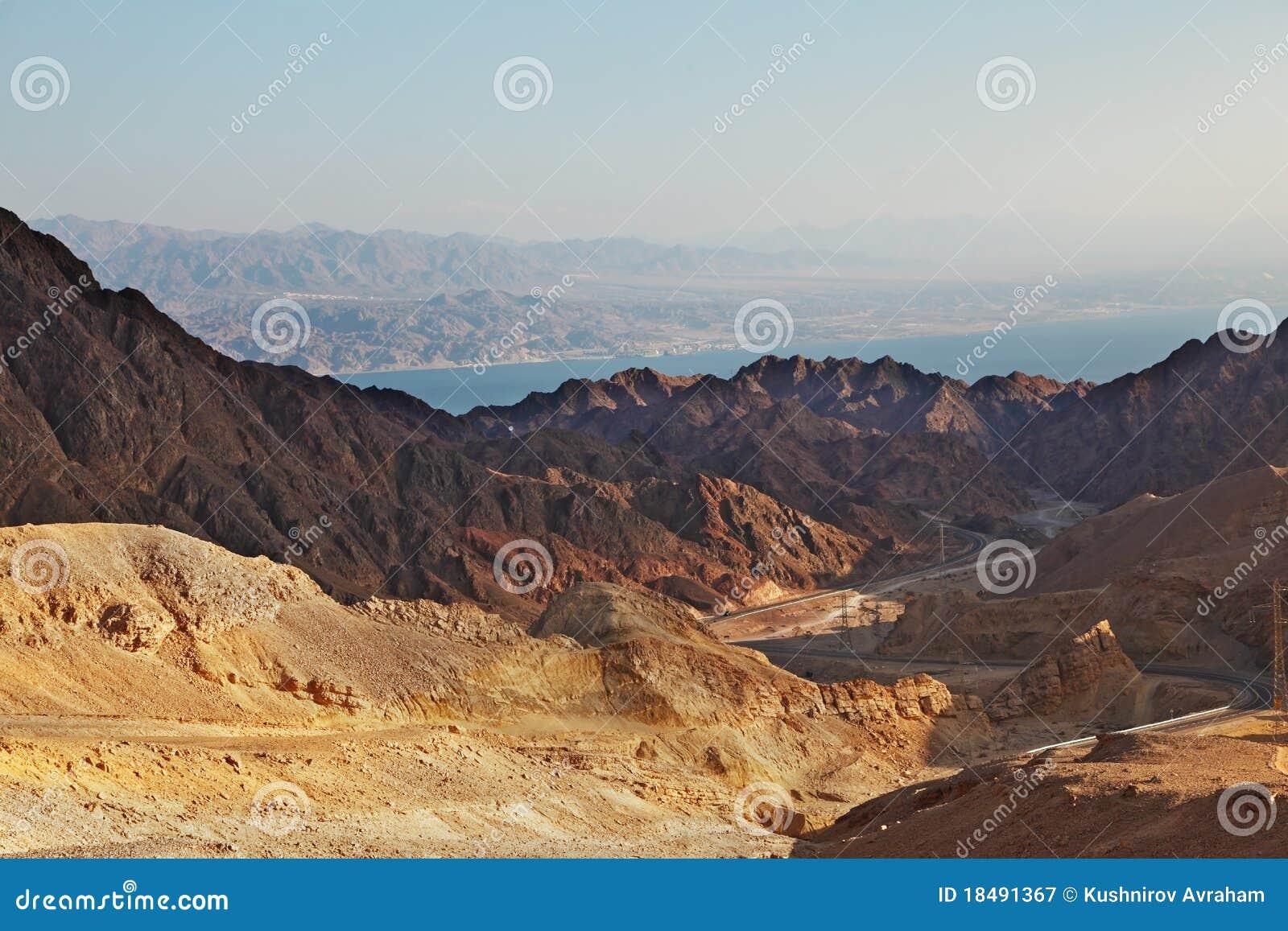 Drogowe gwałtowne niebezpieczne góry