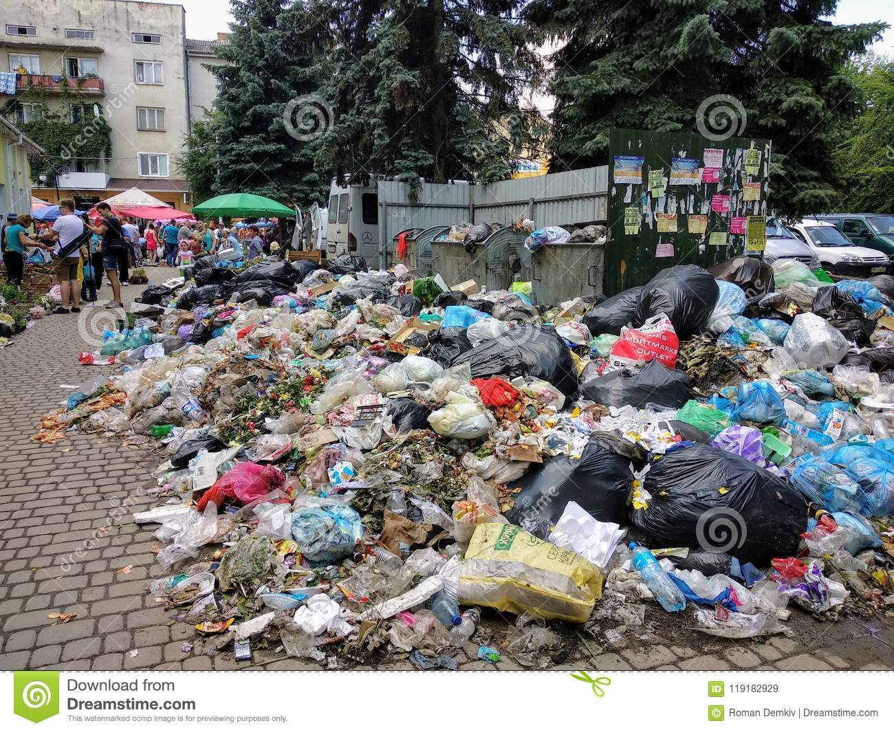 what is garbage pollution