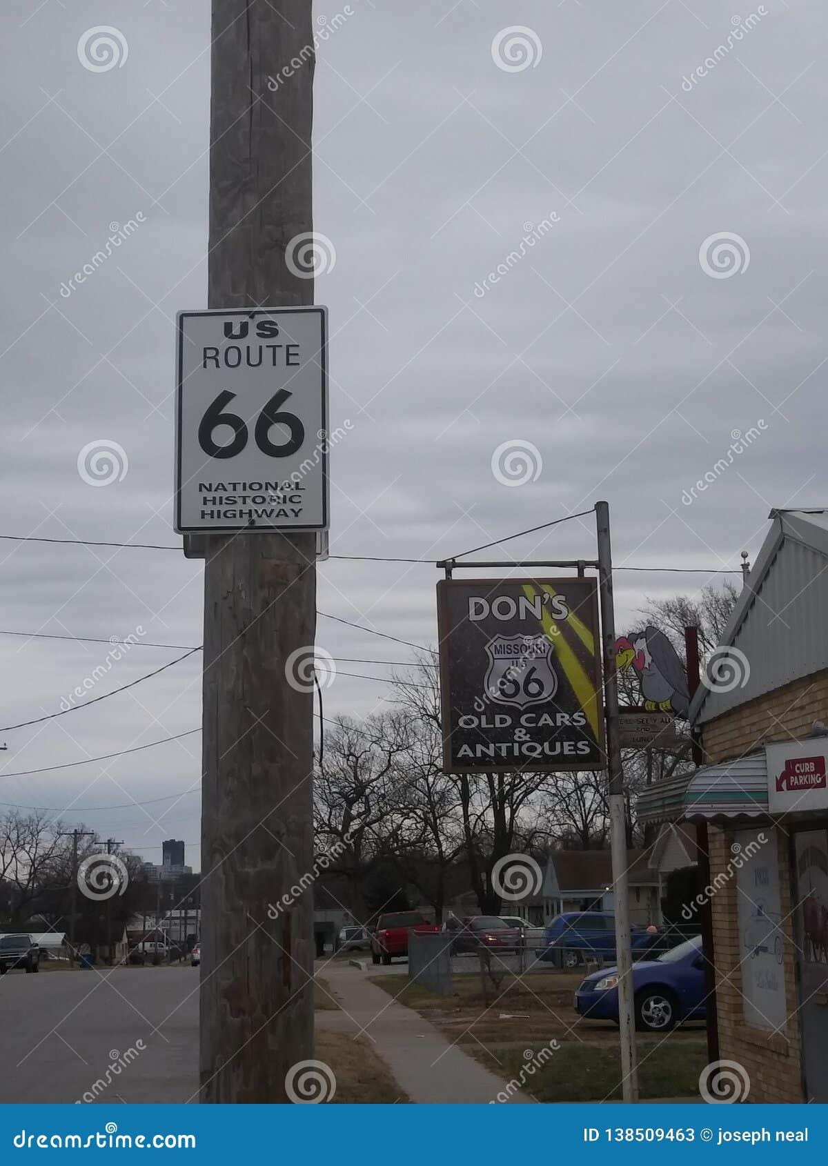 Droite signe 66 historique