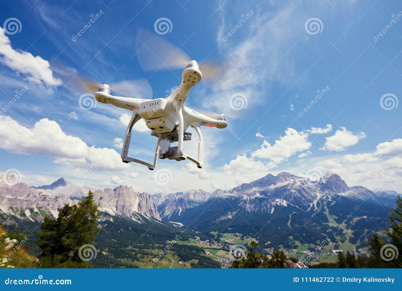 Drone quadrocopter with digital camera