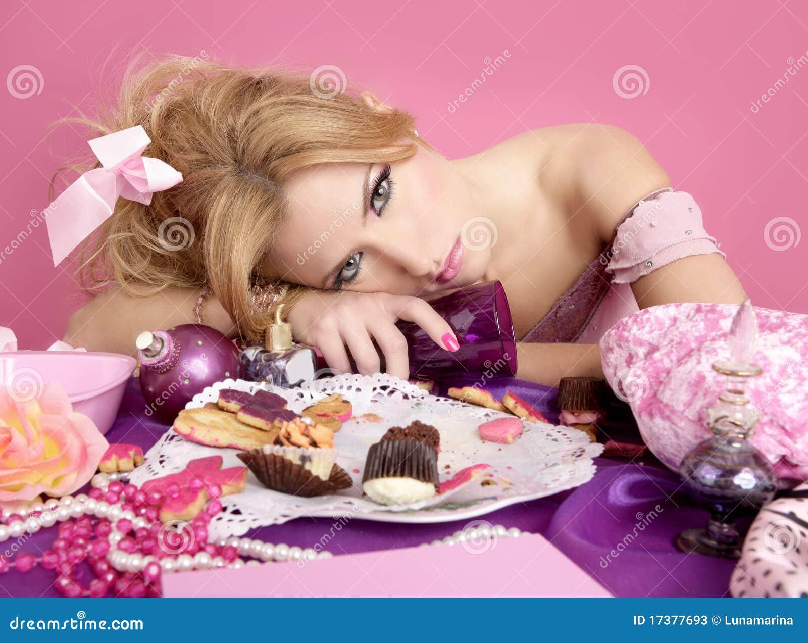 Dronken roze de maniervrouw van de partijprinses barbie