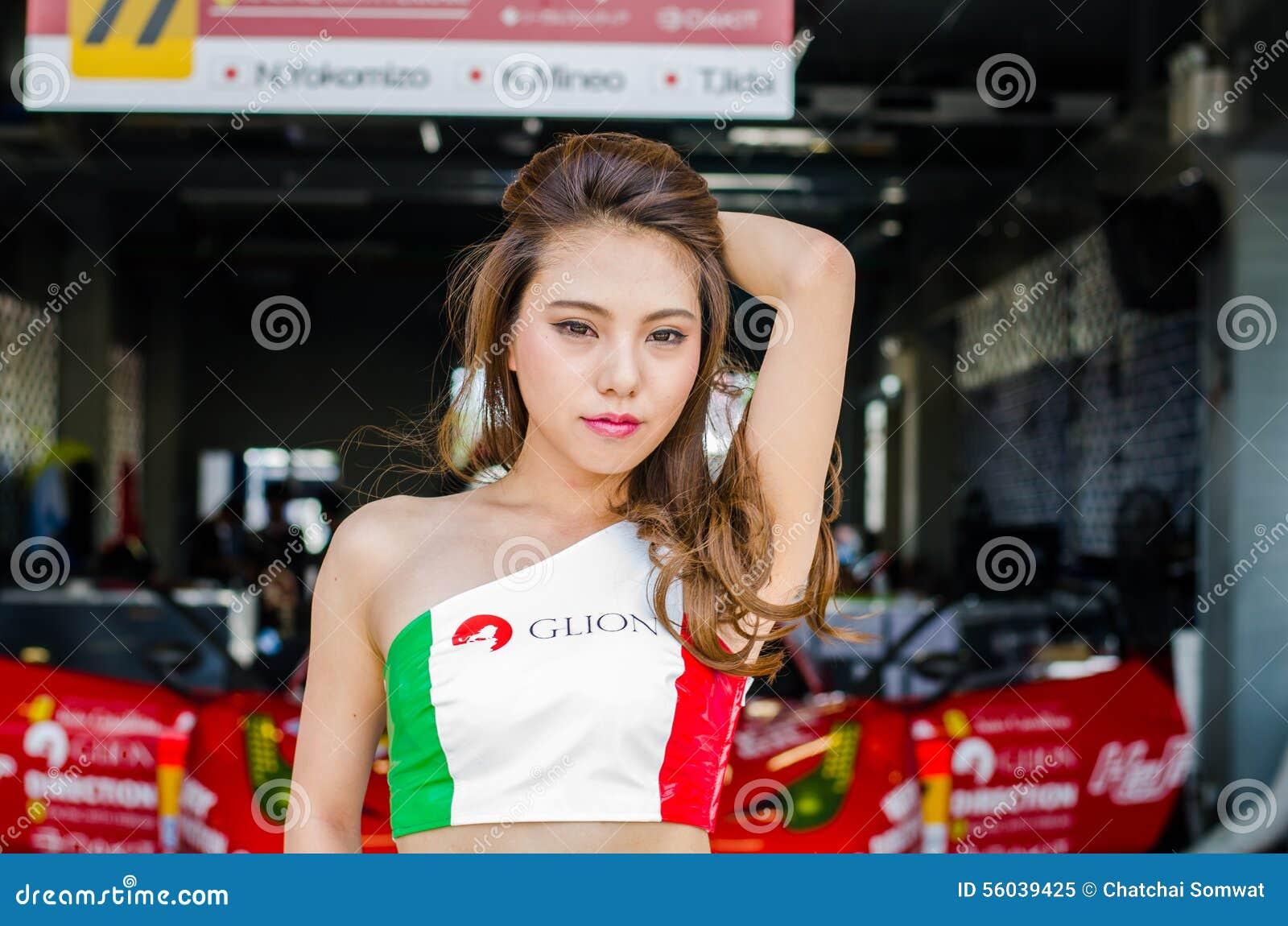 drottning av japan redaktionell foto. bild av hastighet - 56039425
