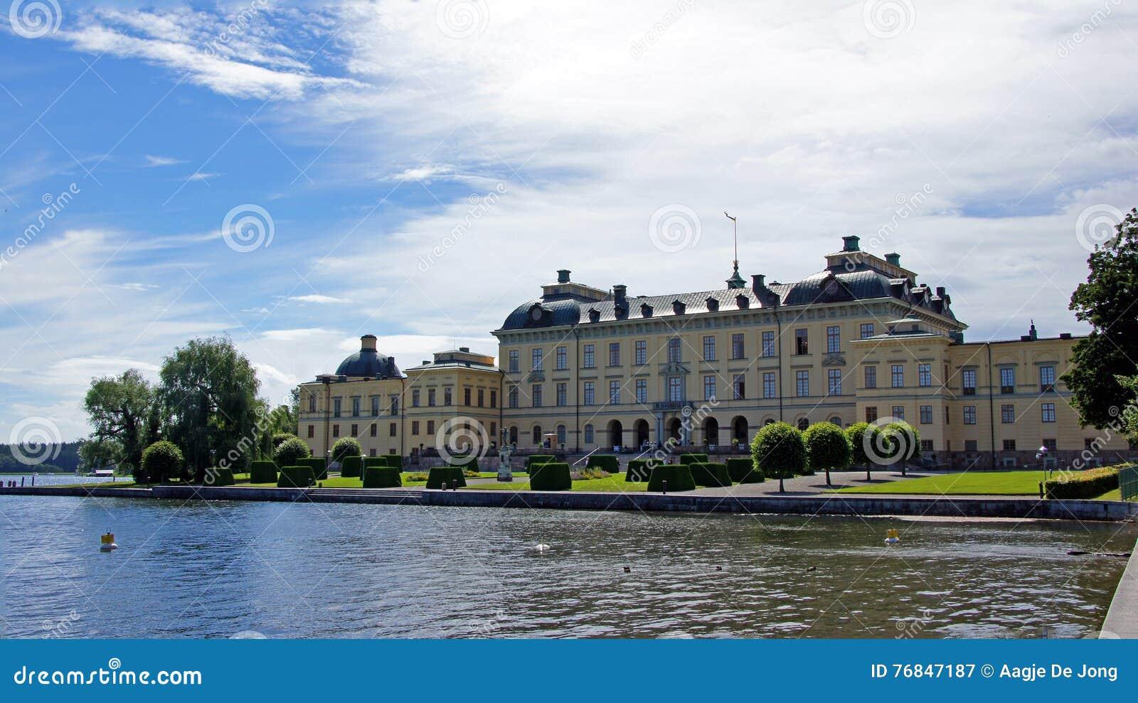 slott nära stockholm