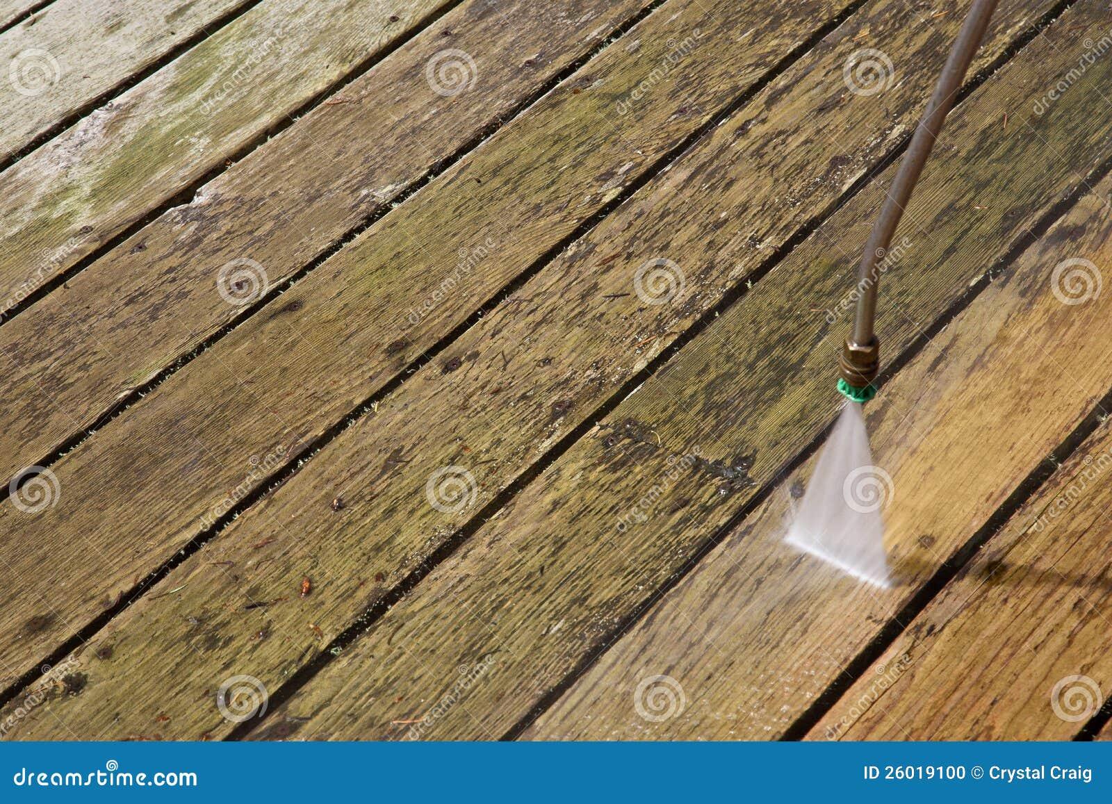 Druk die openlucht houten dek wast