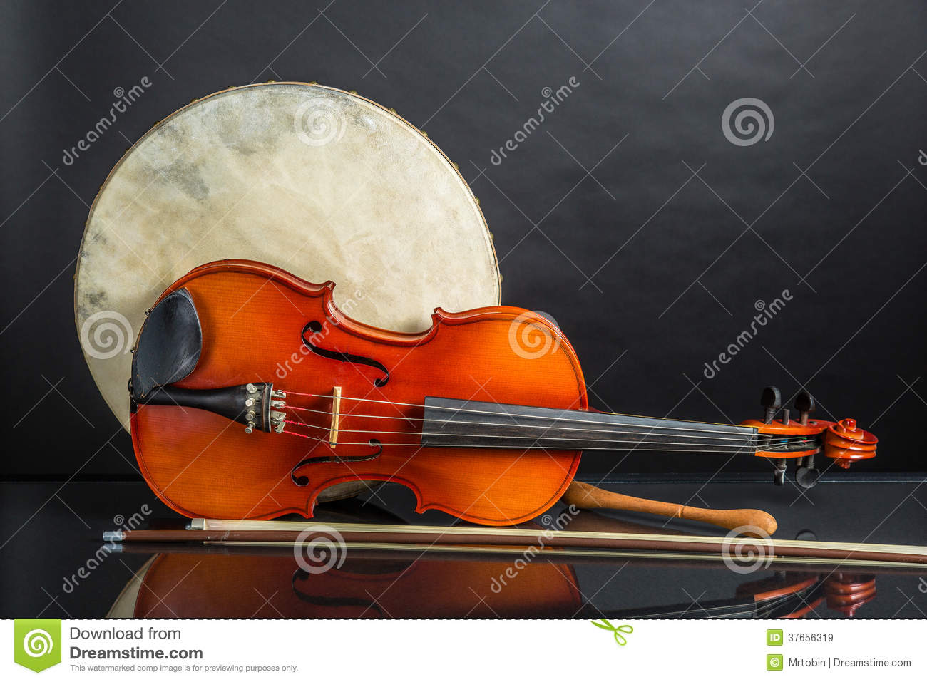 drum and fiddle stock image. image of traditional, celtic - 37656319