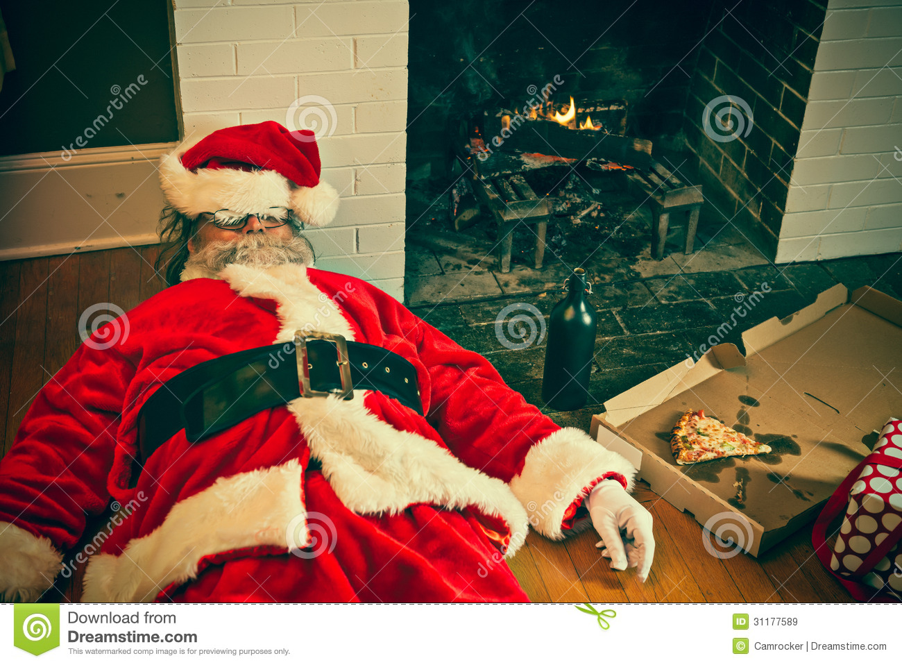drunk-passed-out-santa-claus-partied-too