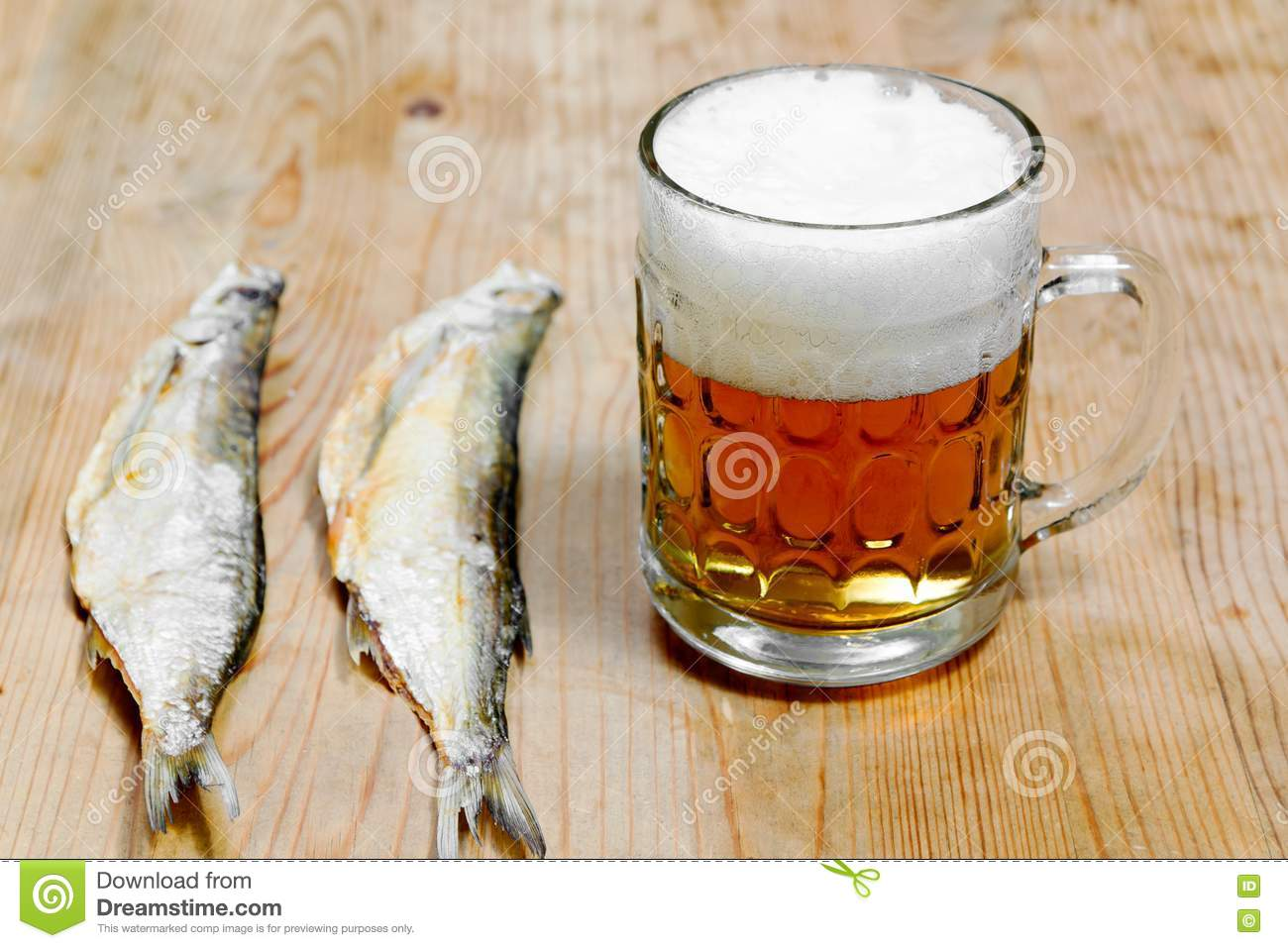 dry salty fish and beer royalty free stock photos image