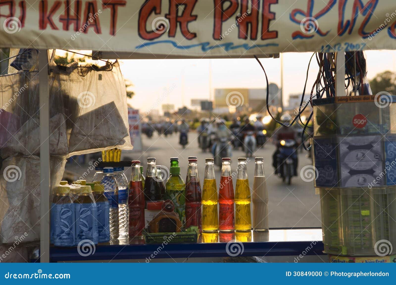 Drycker som är till salu på gatuförsäljaren