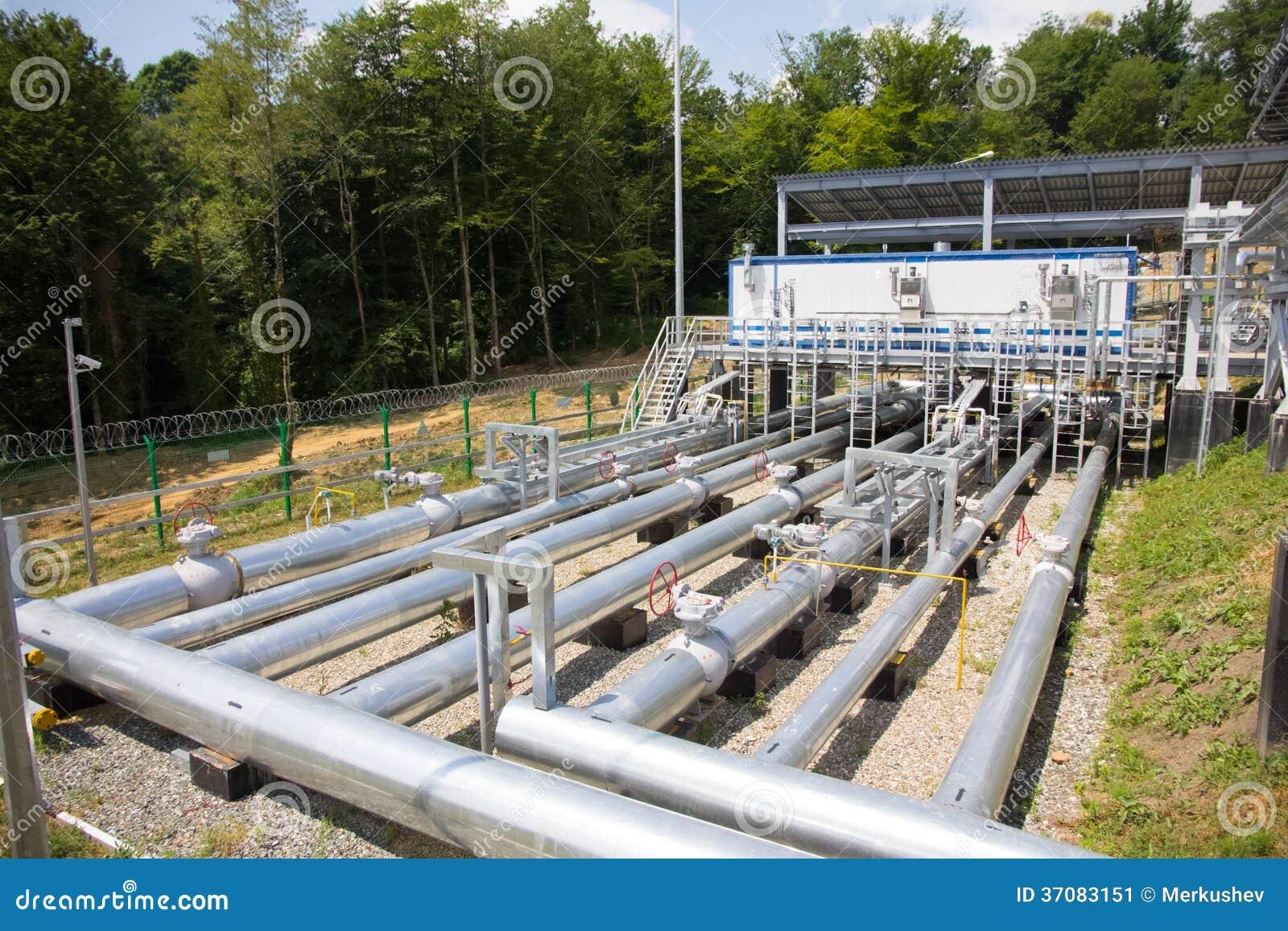 Download Drymby elektrownia obraz stock. Obraz złożonej z inżynier - 37083151