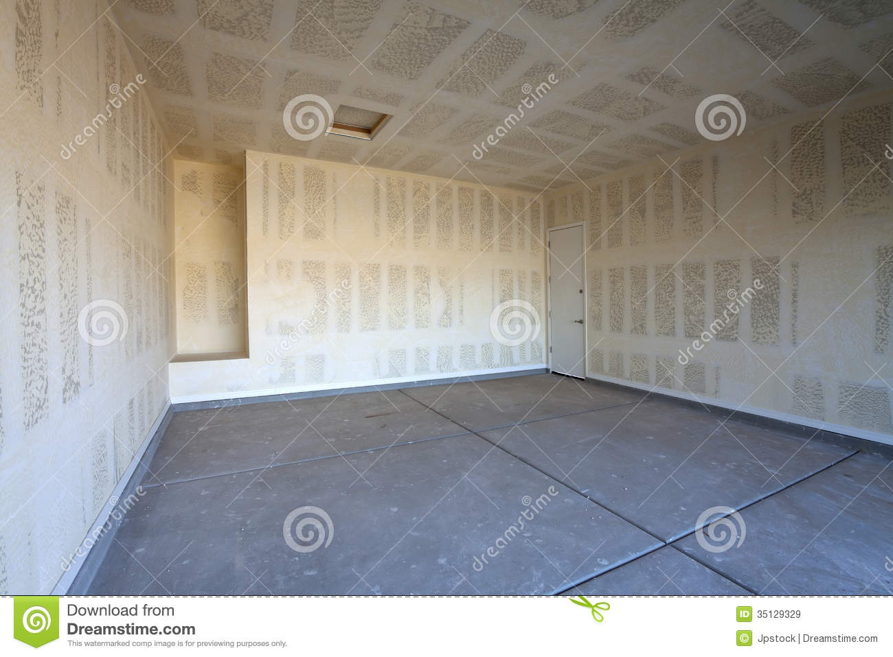Drywall Construction Of A Garage Royalty Free Stock Images