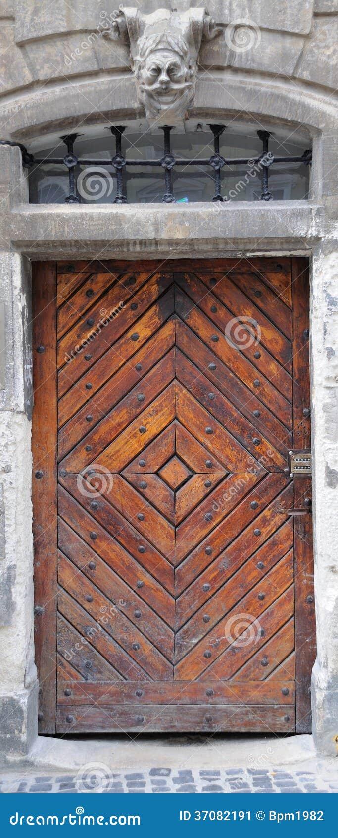 Download Drzwi obraz stock. Obraz złożonej z brama, budynek, aged - 37082191