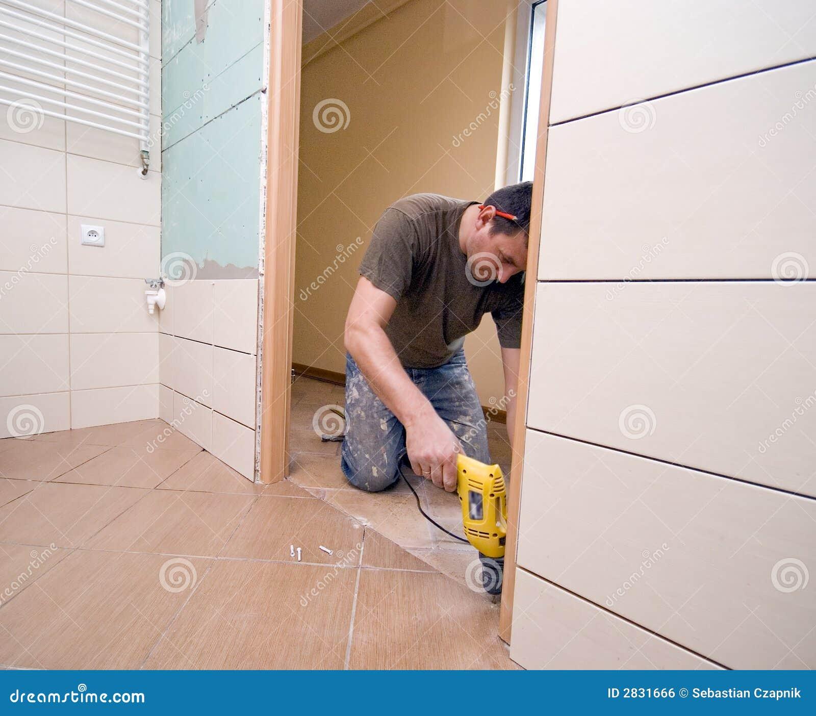 Drzwi do łazienki renowacja