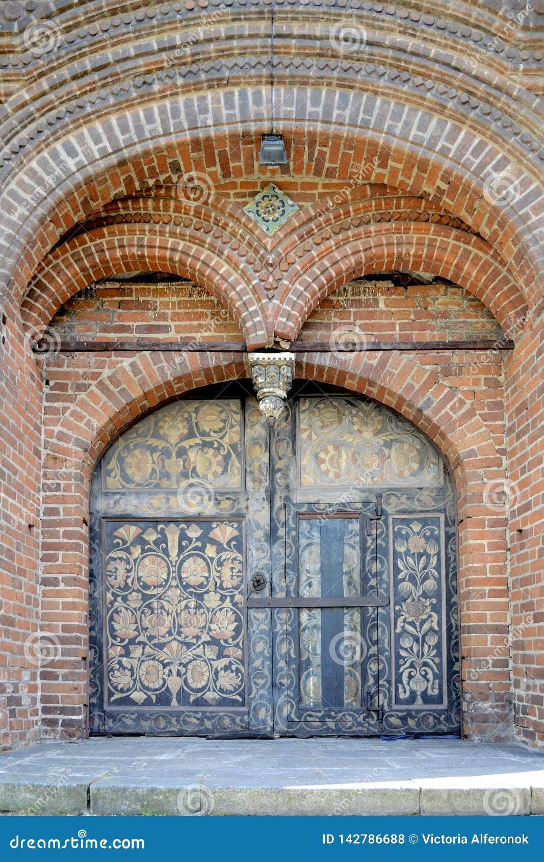 Drzwi z obrazami świątynia gilotynowanie John baptysta w Yaroslavl, Rosja