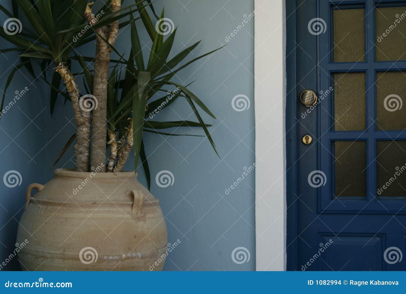 Drzwi zakładu
